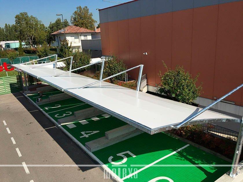 tettoie per auto parcheggio aziendale